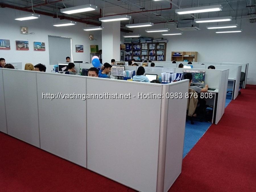 Thi công vách ngăn văn phòng gỗ bàn làm việc tại Bắc Giang VNG-101