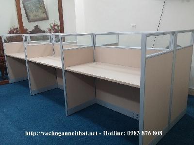 Vách ngăn văn phòng gỗ kính có hộp kỹ thuật B383-1T