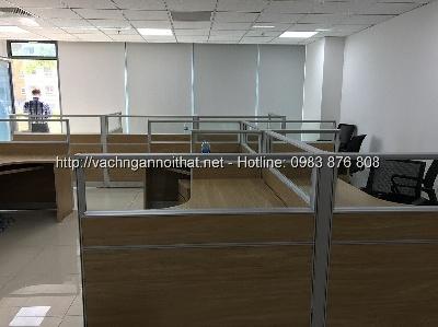 Sản xuất và thi công vách gỗ kính bàn làm việc tại Bắc Ninh VNGK-HG05