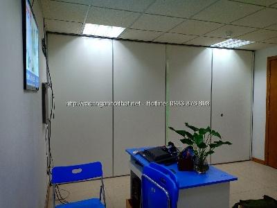 Thi công vách ngăn di động gỗ melamine phòng khám bệnh viện