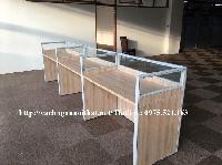 Lắp đặt vách ngăn văn phòng gỗ kính tại Vĩnh Phúc