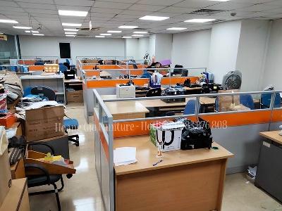 Lắp đặt vách ngăn văn phòng gỗ kính tại Hải Phòng
